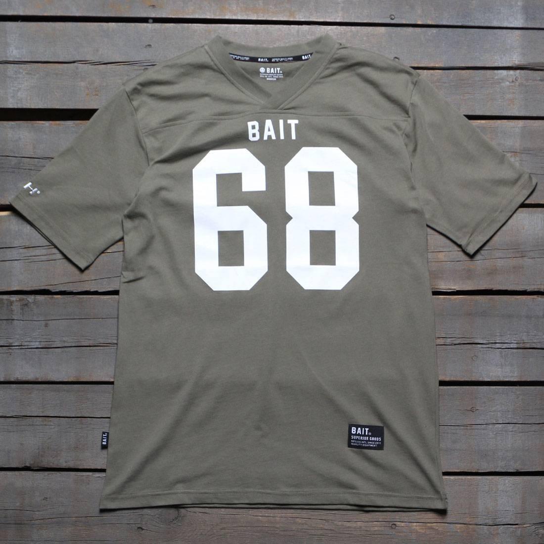 BAIT Men 68 Football Tee (green / army green)
