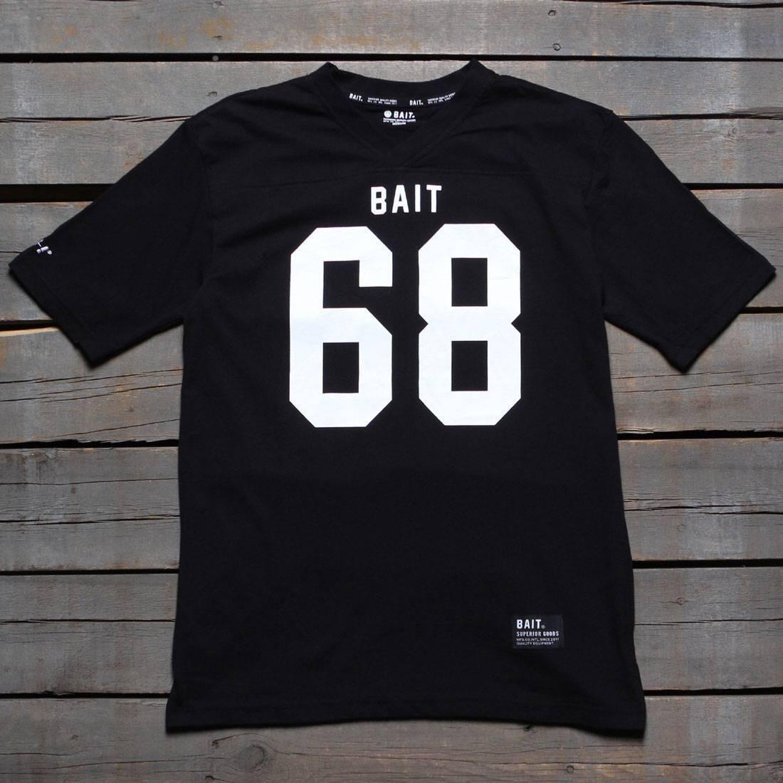 BAIT Men 68 Football Tee (black)