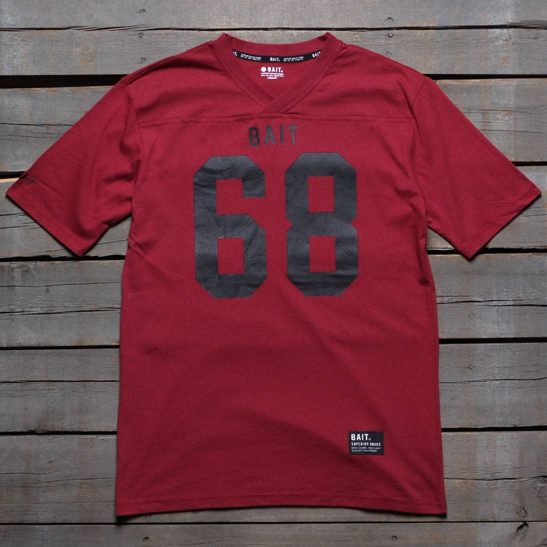 BAIT Men 68 Football Tee (burgundy)