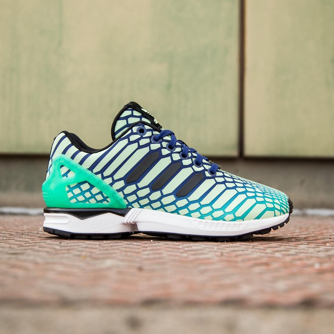796c9a4dccc8 Adidas Big Kids ZX Flux green shock mint lush ink white