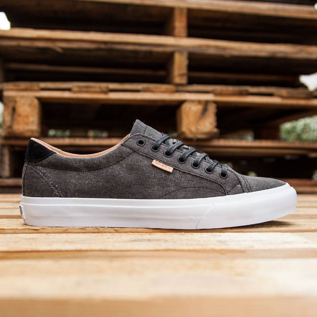 canvas court vans
