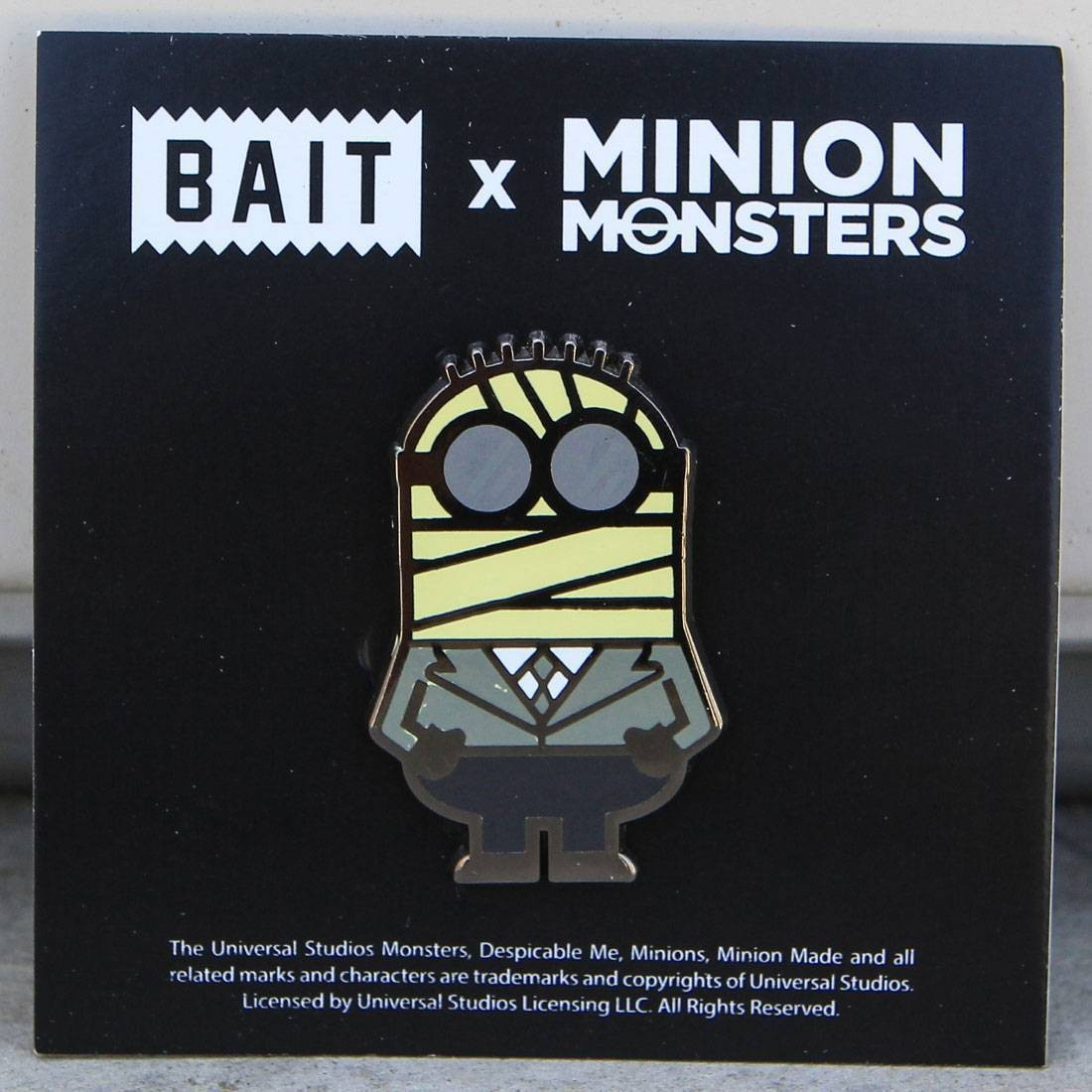 BAIT x Minion Monsters Mummy Glasses Pin (multi)