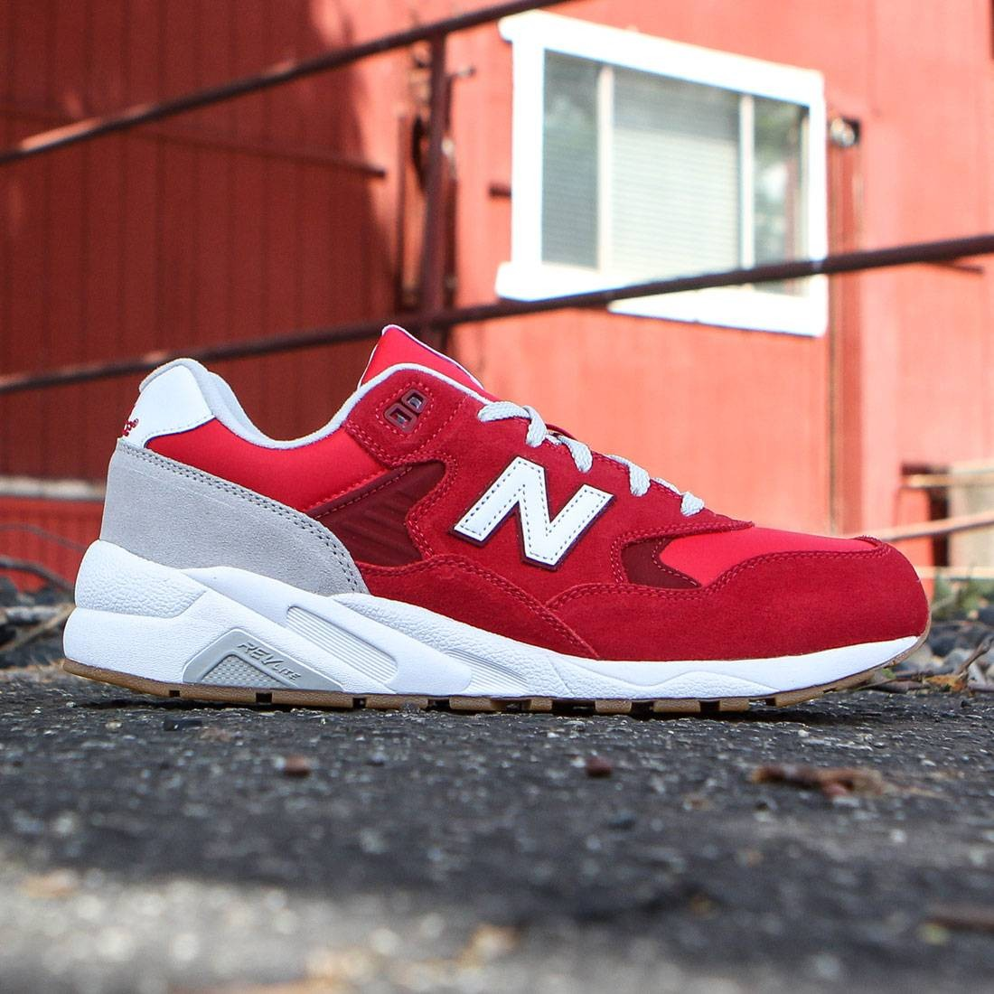 quality design 3c5e2 b0a9a New Balance Men 580 Elite Edition REVlite MRT580MB (red / scarlet sage /  light grey)