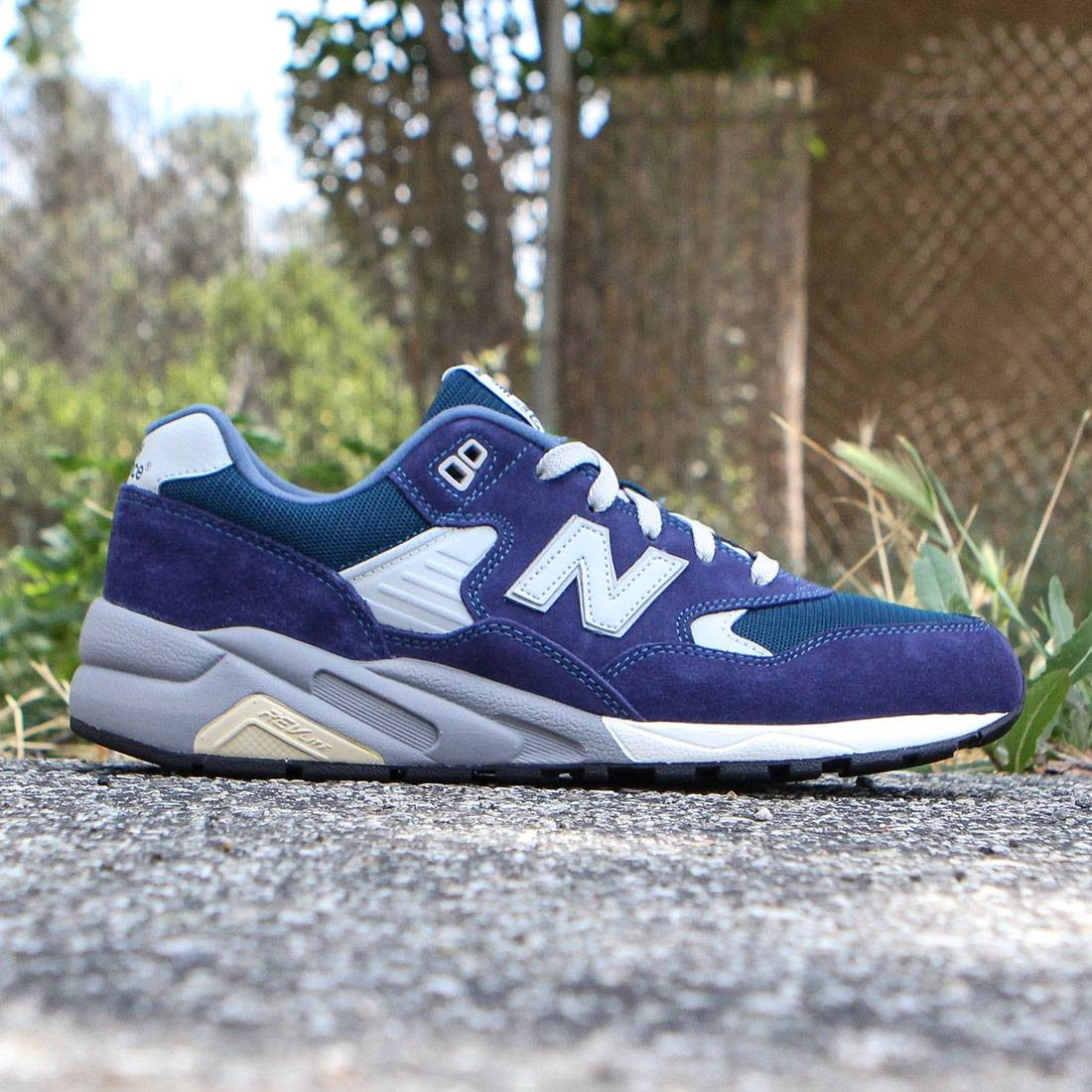sneakers for cheap abe74 e1b1a New Balance Men 580 Elite Edition REVlite MRT580TU (navy)