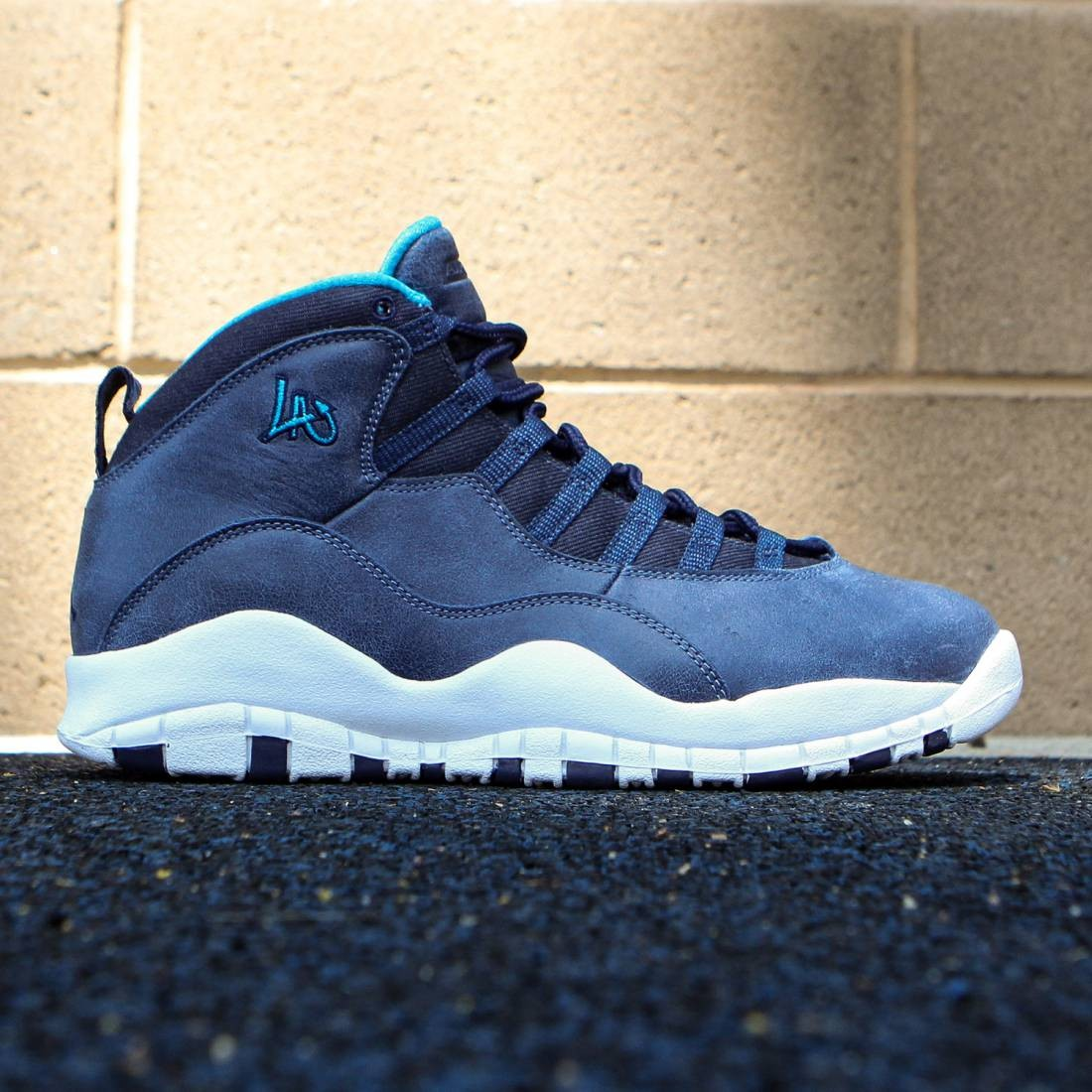 pick up 7dbb7 6882f Jordan Men Air Jordan Retro 10 City Pack LA (ocean fog   ocean fog   blue  lagoon   midnight navy)