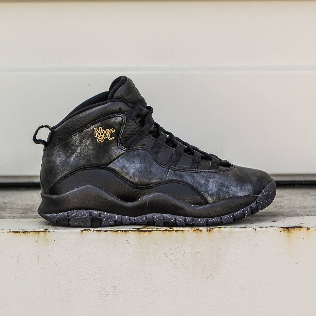 purchase cheap 7175b d3bd2 Air Jordan Retro 10 Big Kids (black / dark grey / metallic gold / black)