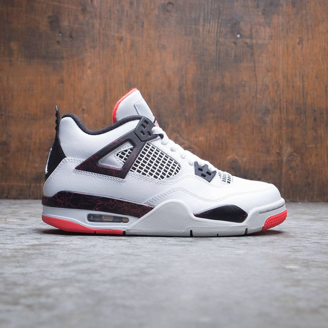 Air Jordan IV Retro (GS) Big Kids (white / black-bright crimson)