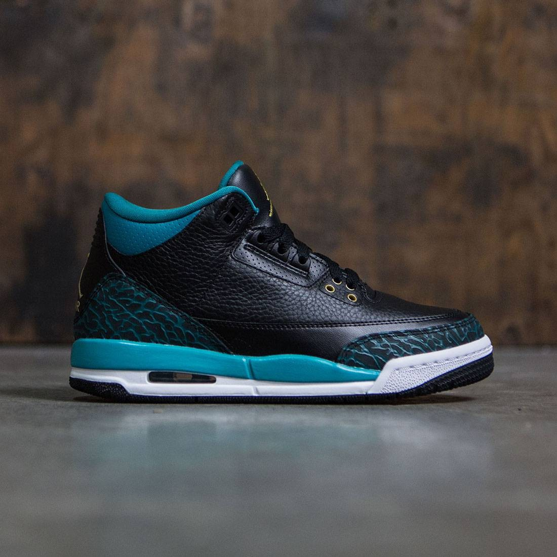 online store 4201d c7e49 Jordan Big Kids Girls  Air Jordan 3 Retro (GS) (black   metallic gold-rio  teal-white)