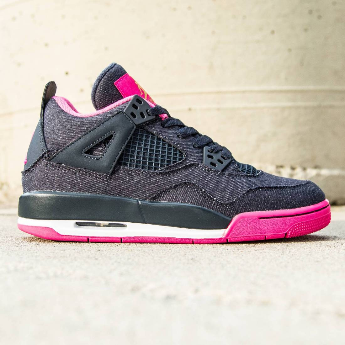5566403f19f0 Jordan Big Kids Air Jordan 4 Retro GG (navy   dark obsidian   metallic gold    vivid pink)