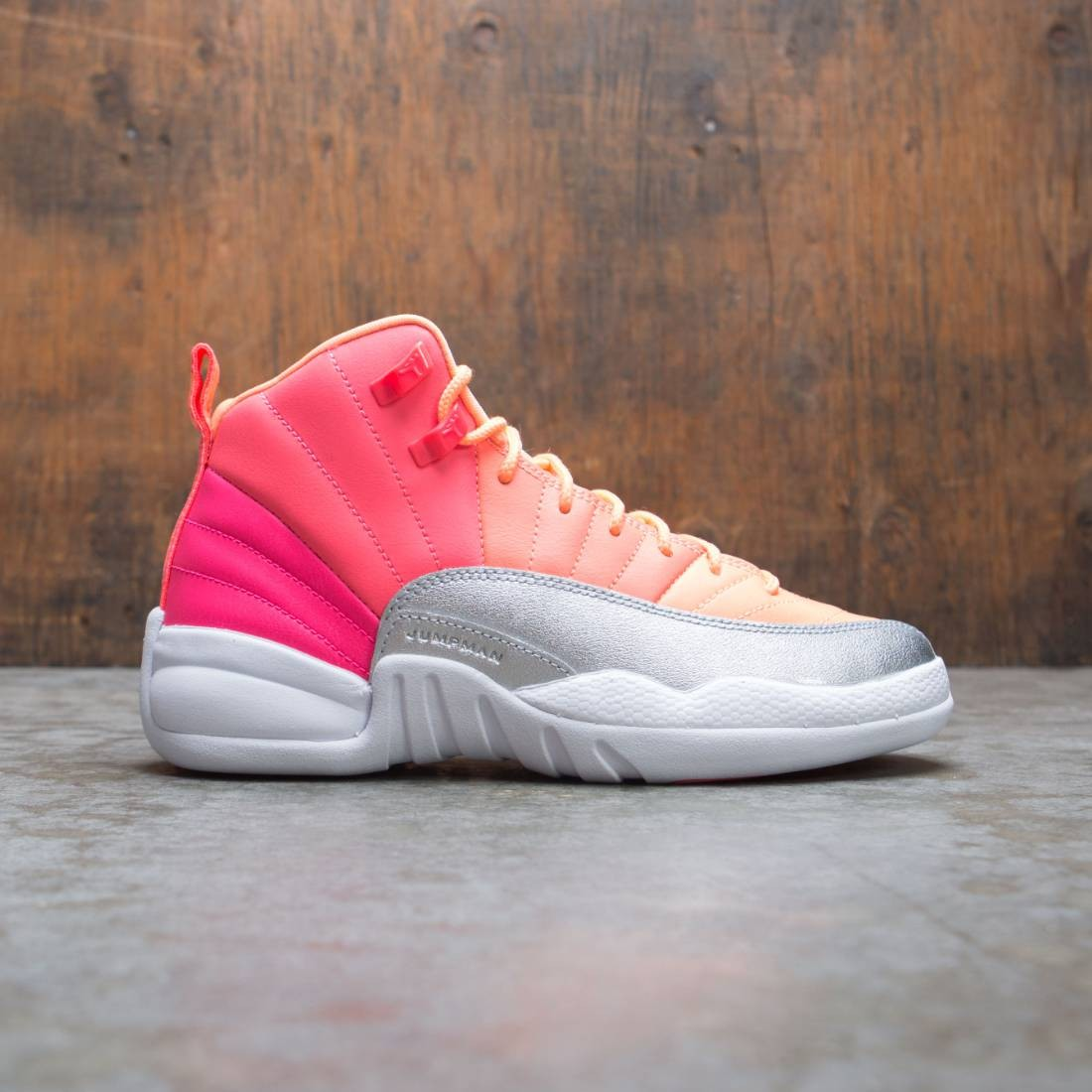 Air Jordan 12 Retro Big Kids (racer pink / white-hot punch-bright mango)