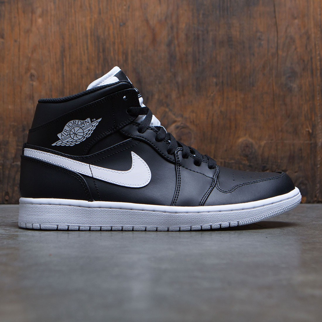 new concept 2f3ba 08cc7 Air Jordan 1 Mid Men (black / white-white)