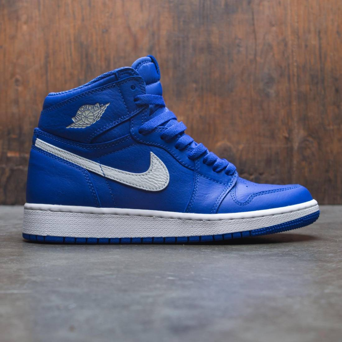 6a22ae77870 jordan big kids air jordan 1 retro high og bg hyper royal sail