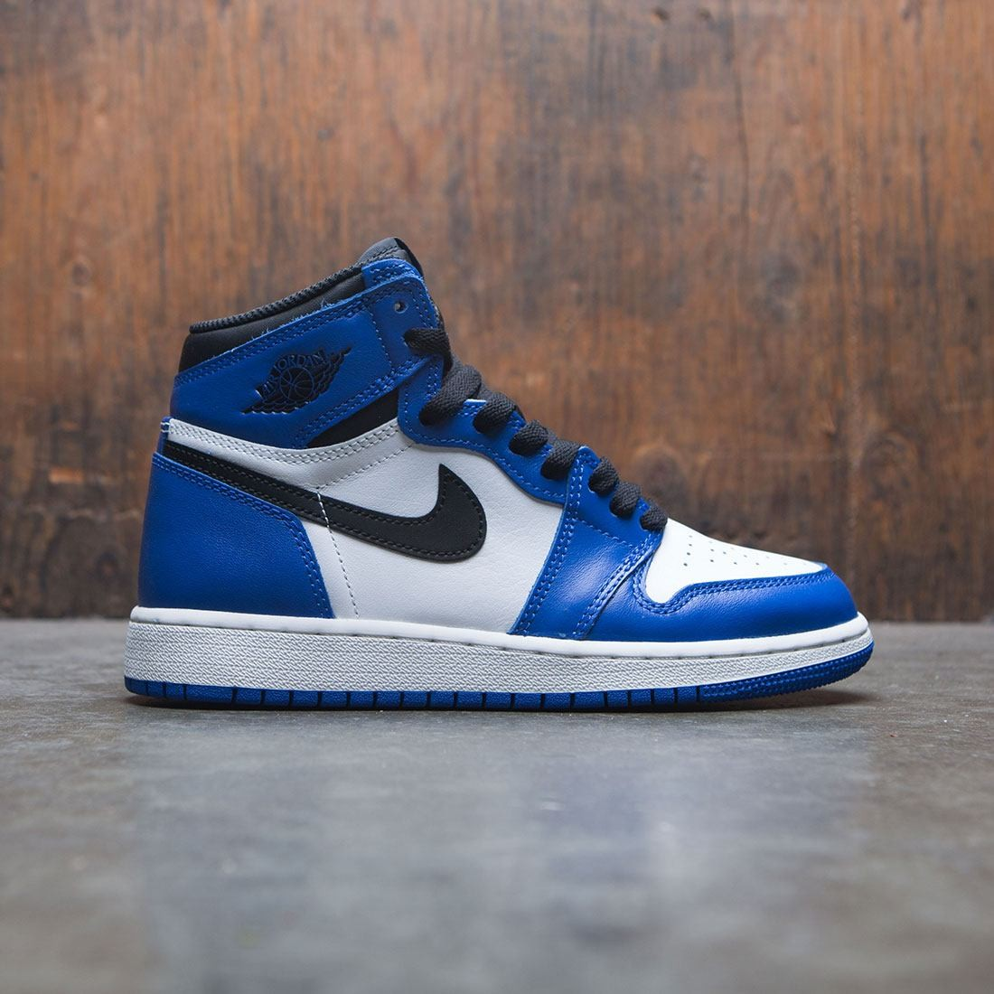 hot sale online f2686 01034 jordan big kids air jordan 1 retro high og gs game royal black summit white