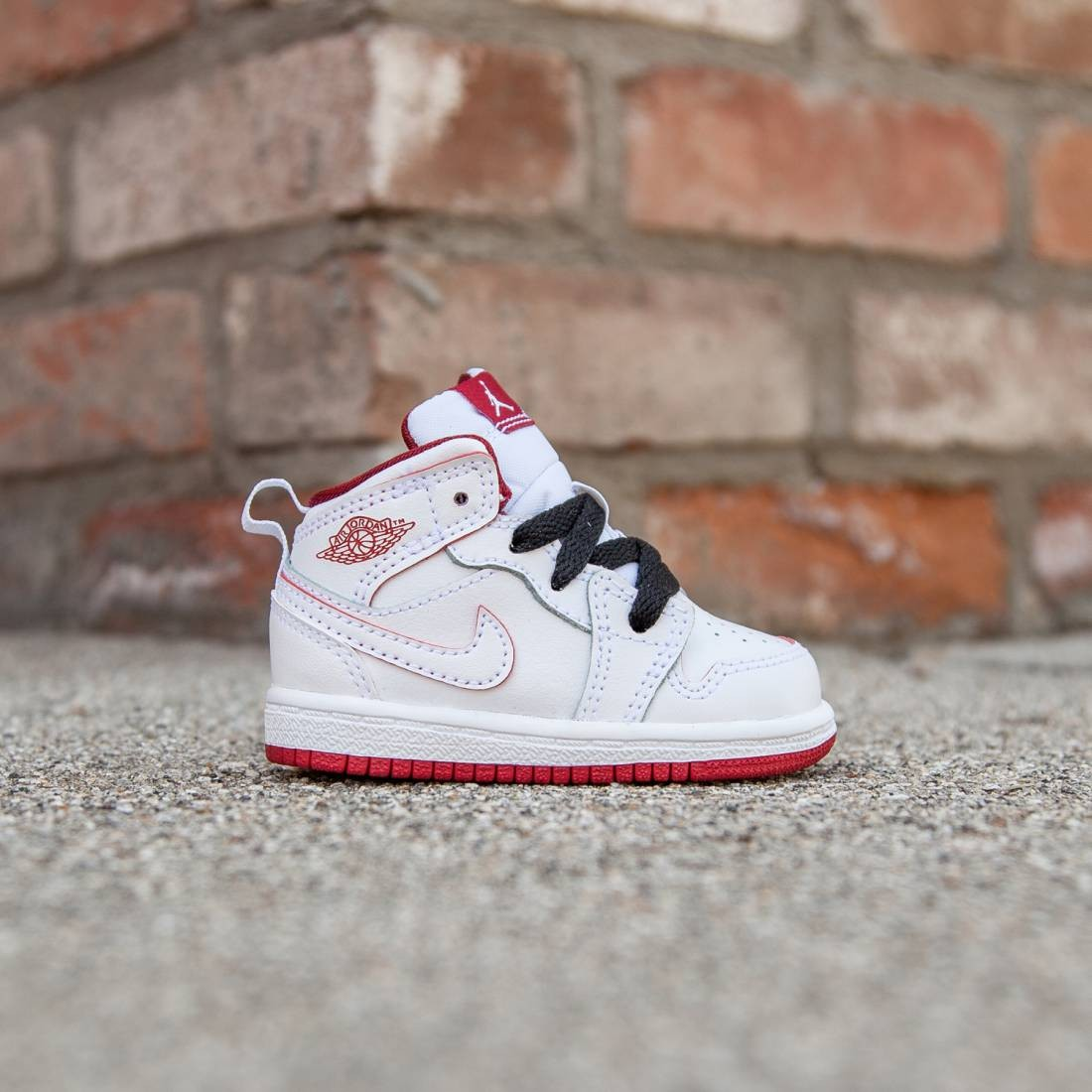 Air Jordan 1 Mid Toddlers (white / black / gym red)