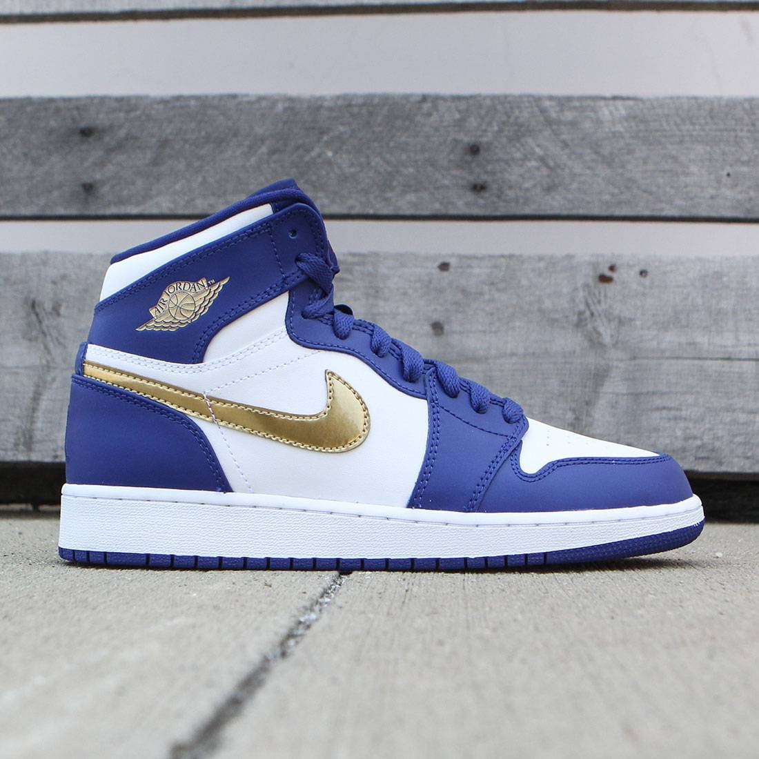 Jordan Big Kids Air Jordan 1 Retro High (GS) (deep royal blue   mtlc gold  coin-white) 3229b9230