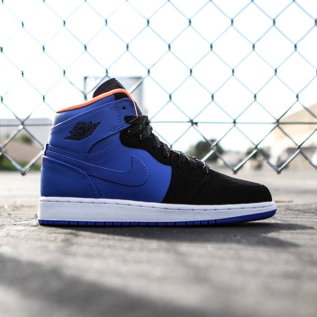 Jordan Big Kids Air Jordan 1 Retro High BG GS (blue   hyper cobalt   atomic  orange   black volt) 628991c17d32