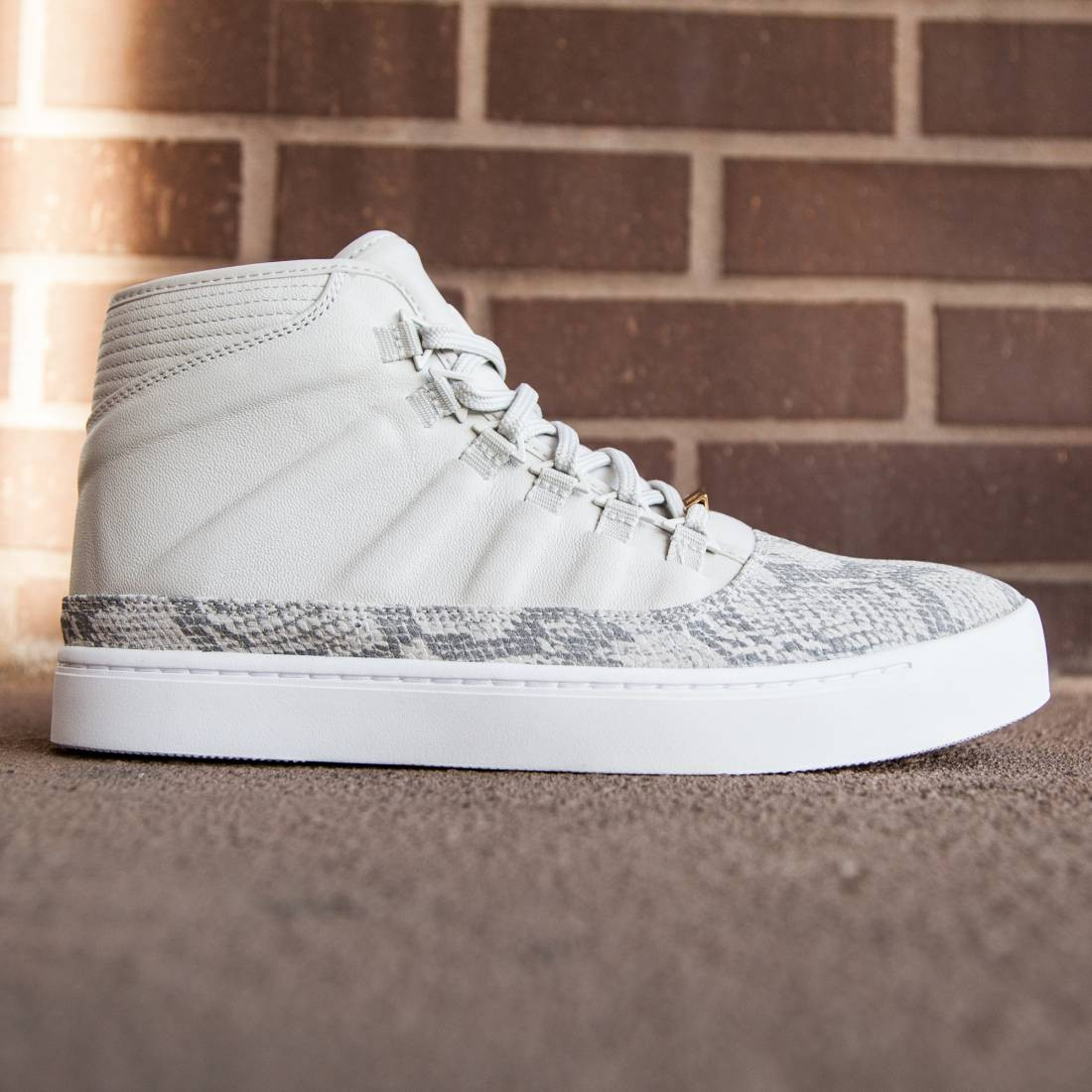 Jordan Men Westbrook 0 (light bone / white-black)