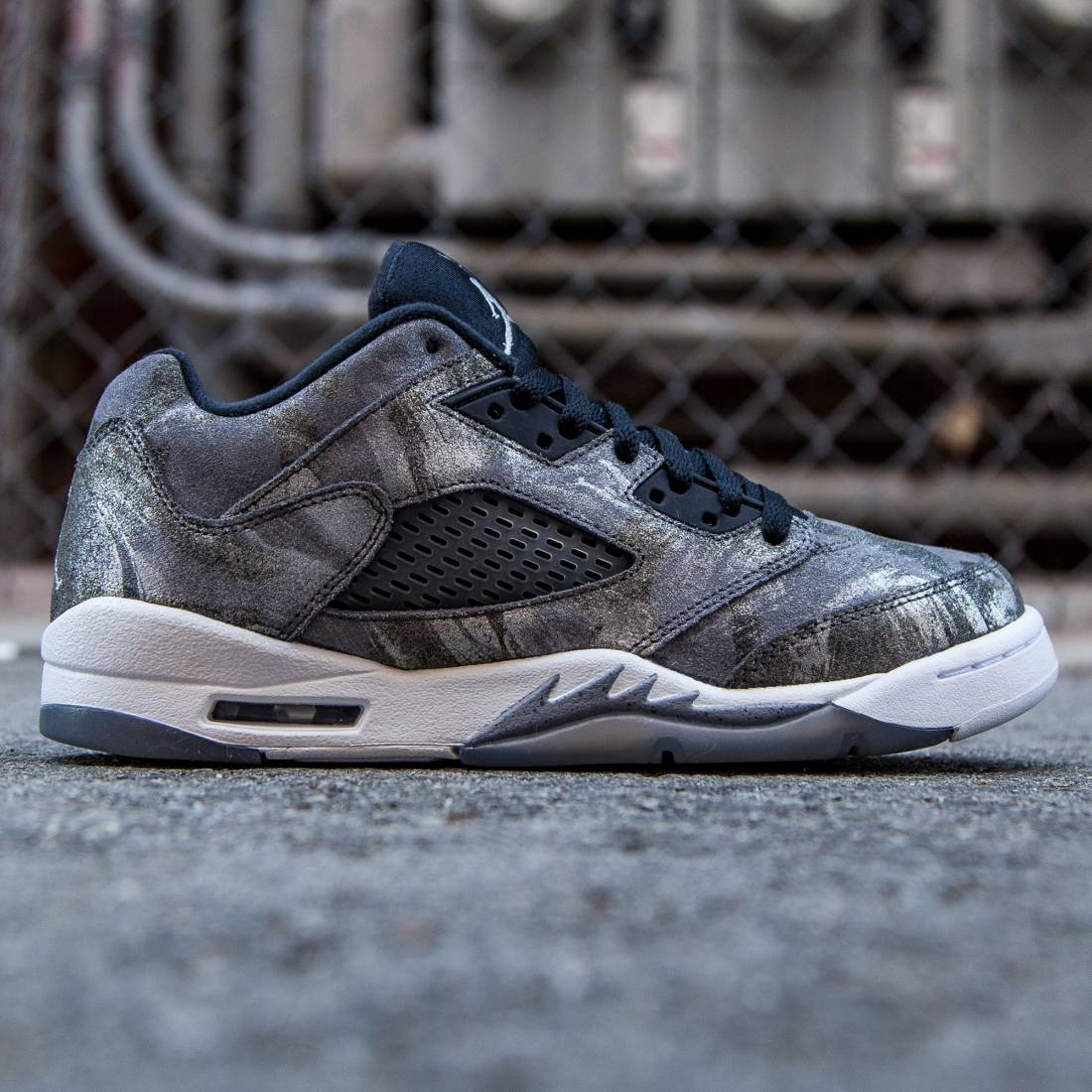 check out 7a130 467f5 Jordan Big Kids Air Jordan 5 Retro Prem Low GG (gray   cool grey   wolf  grey   white   black)