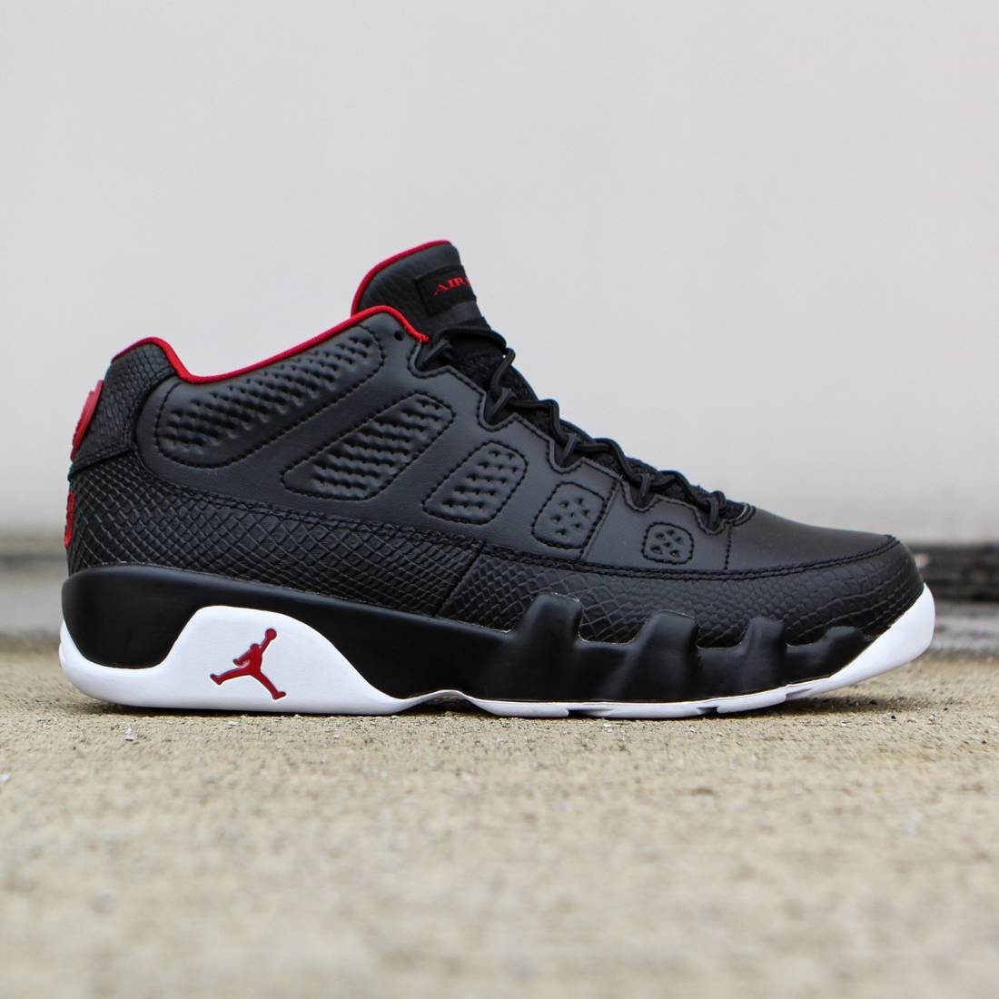 21785be6507 Jordan Men Air Jordan 9 Retro Low (black / white / gym red)