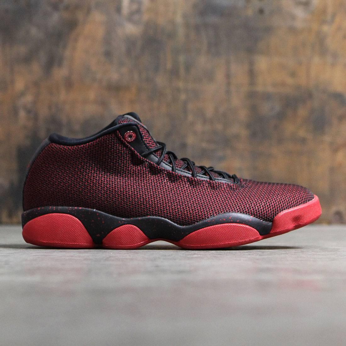 9596a0c62b95 Jordan Men Men Jordan Horizon Low (black   gym red-white)