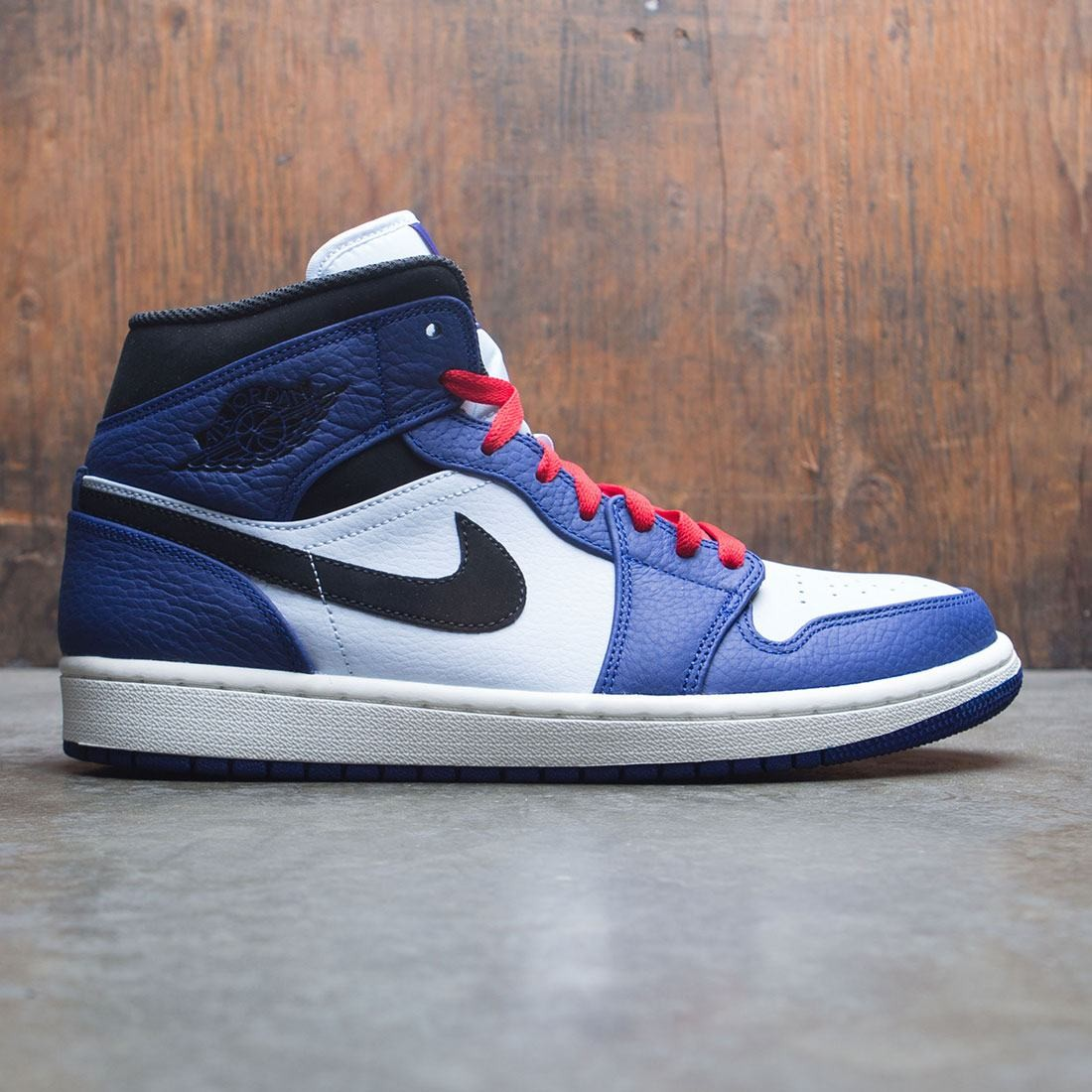 jordan men air jordan 1 mid se deep royal blue black half blue df48a4359