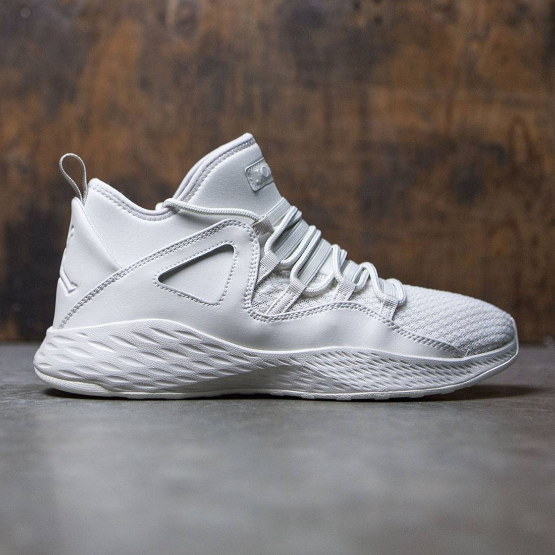 Jordan Men Formula 23 (light bone / light bone-sail)