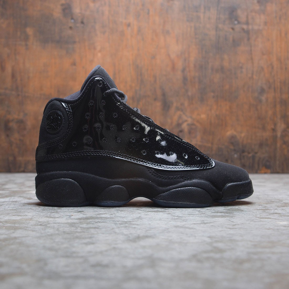 Air Jordan 13 Retro (GS) Big Kids (black / black)