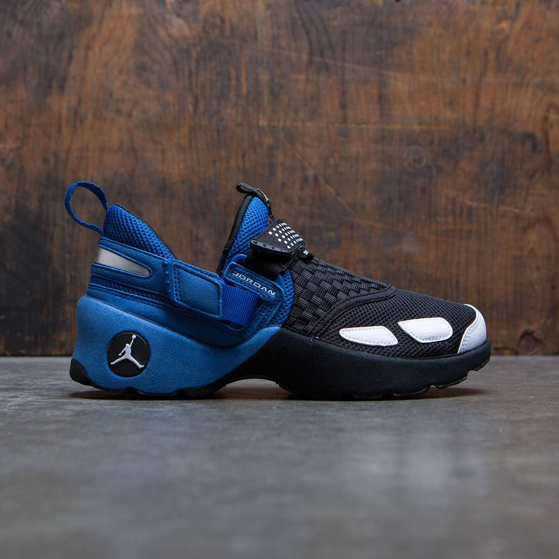 Jordan Big Kids Trunner LX OG (GS) (black / white-team royal)