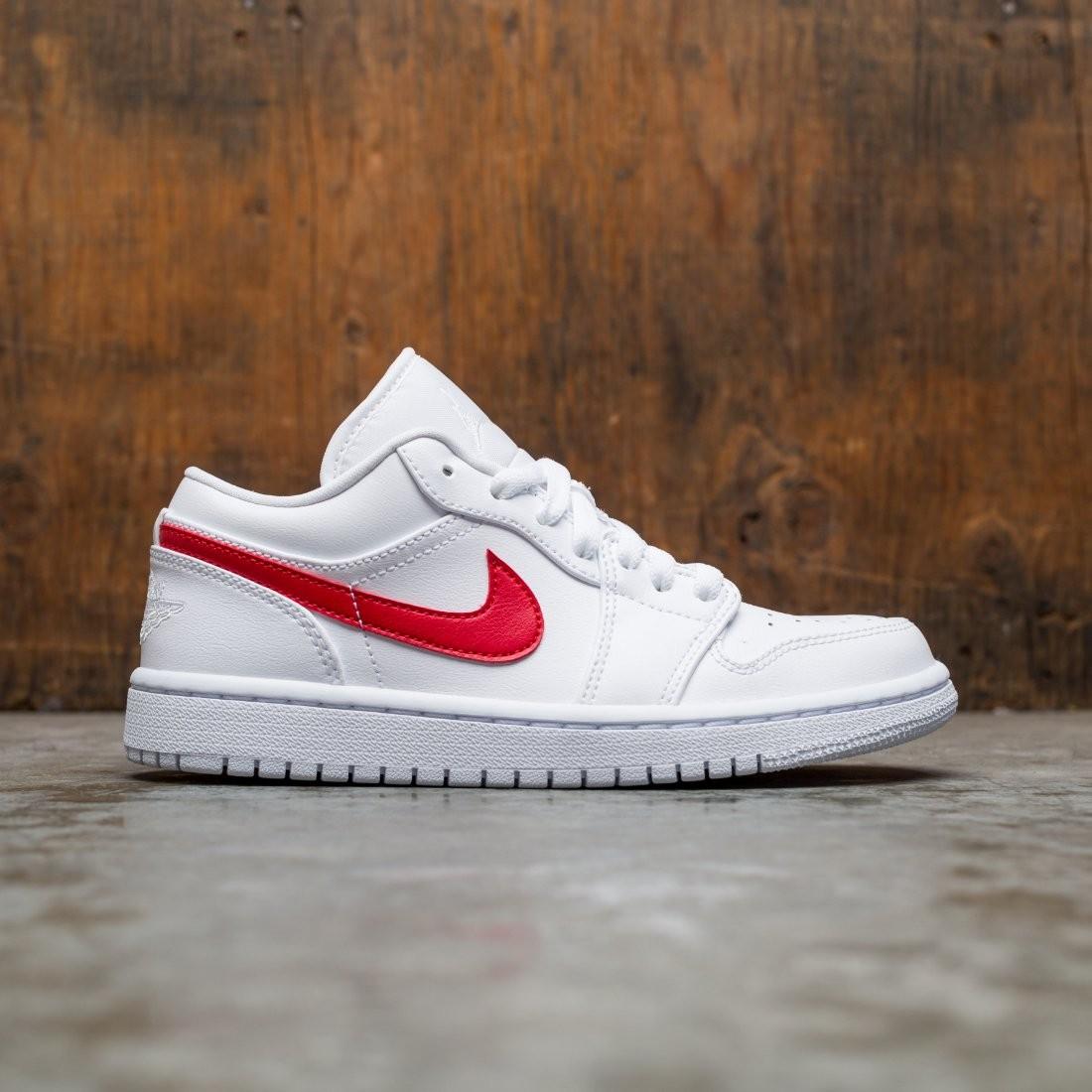 Air Jordan 1 Low Women (white / university red-white)