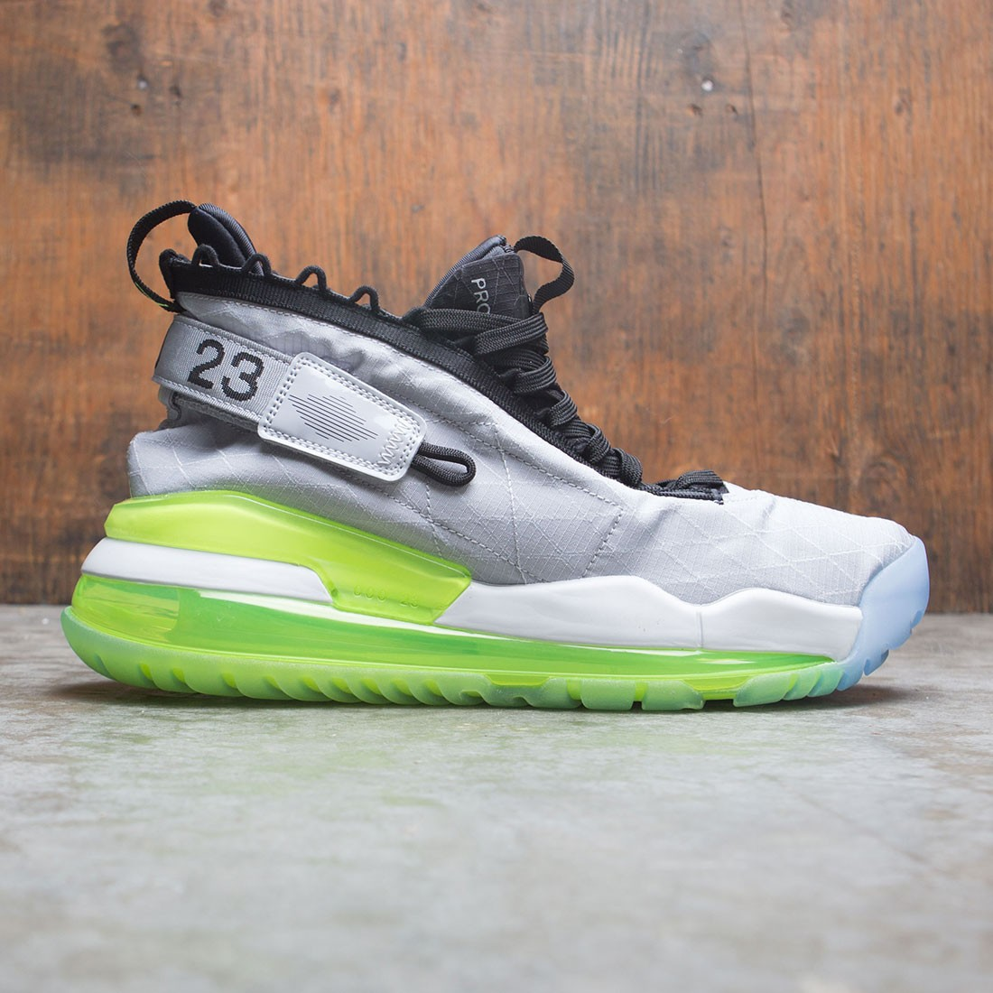 Jordan Men Proto-Max 720 (wolf grey / black-volt-pure platinum)