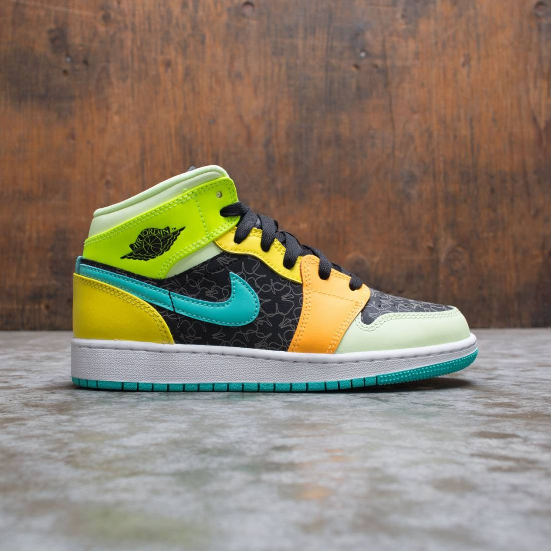 Jordan Big Kids Air Jordan 1 Mid Se Black Aurora Green Opti Yellow
