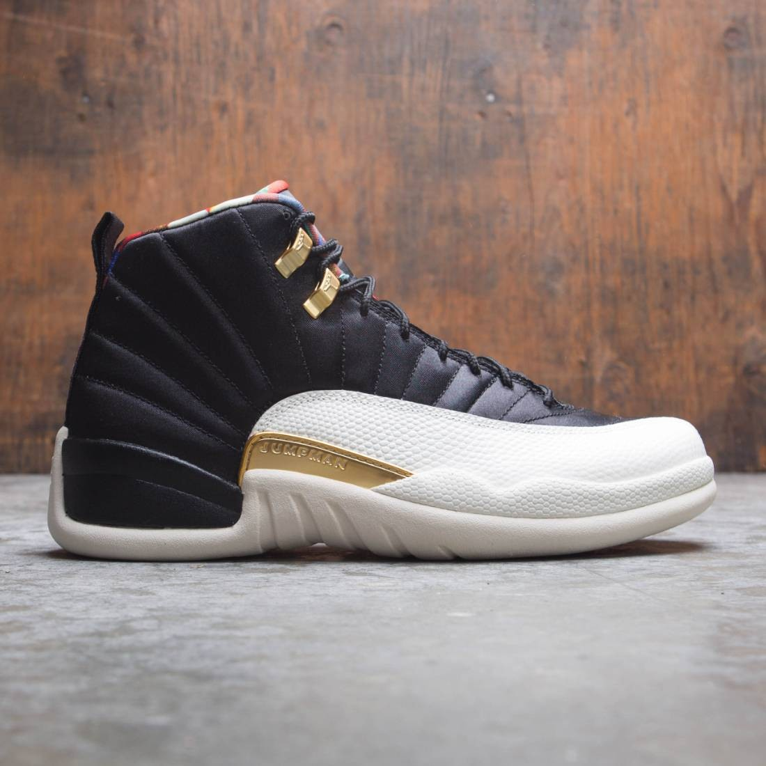 AIR JORDAN 12 RETRO CNY Men (black / true red-sail-metallic gold)