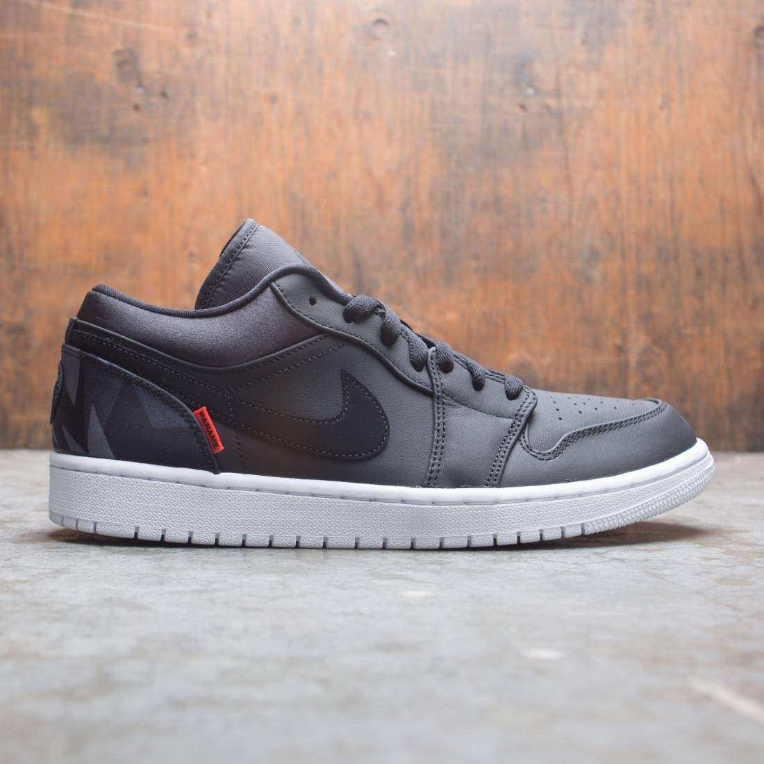Jordan Men Air Jordan 1 Low Paris Saint Germain Black Black Dark