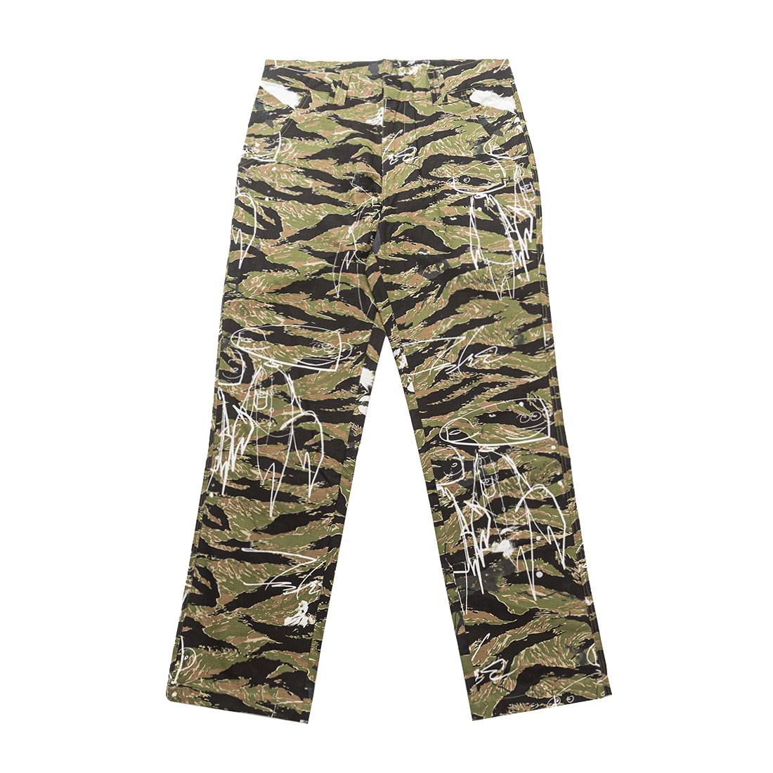 Futura Laboratories Men Chino Pants (camo)