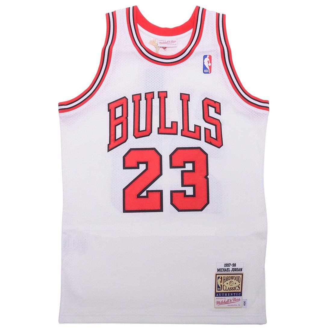 Mitchell And Ness x NBA Men Chicago Bulls Michael Jordan Jersey - Home 97 (white)