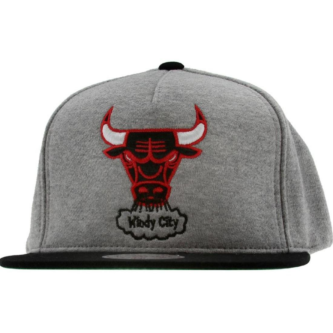Mitchell And Ness Chicago Bulls NBA Heather Fleece 2 Tone Pinch Snapback Cap (heather grey / black)