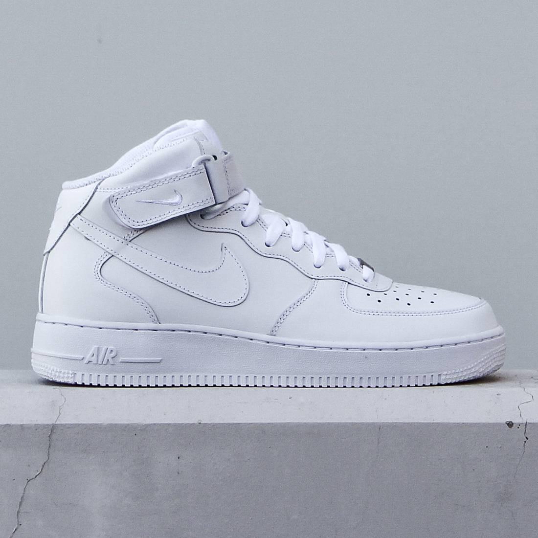online store 52636 eae44 Nike Men Air Force 1 07 Mid (white / white)