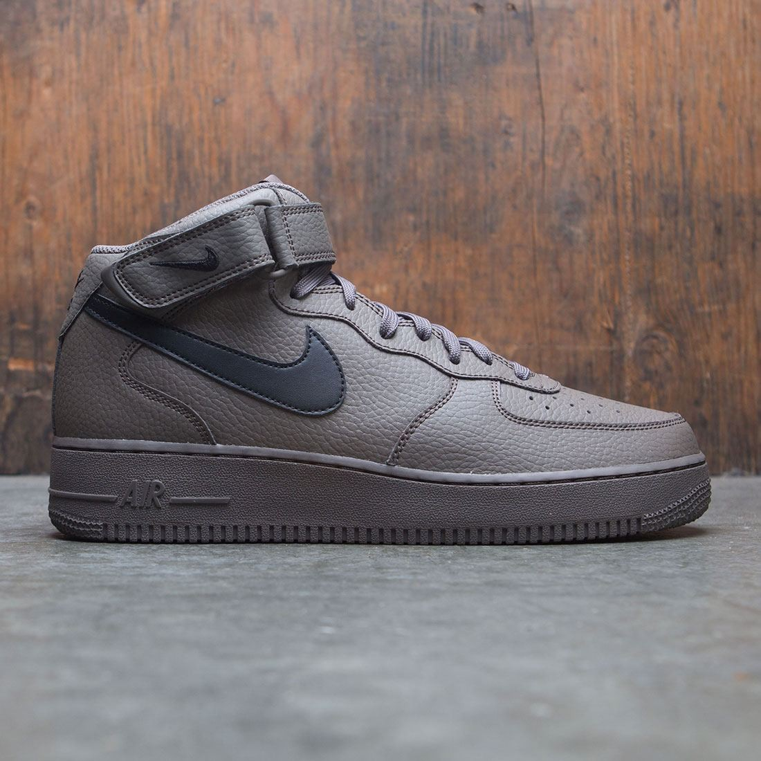 premium selection efa74 7406a nike men air force 1 mid 07 grey black ridgerock
