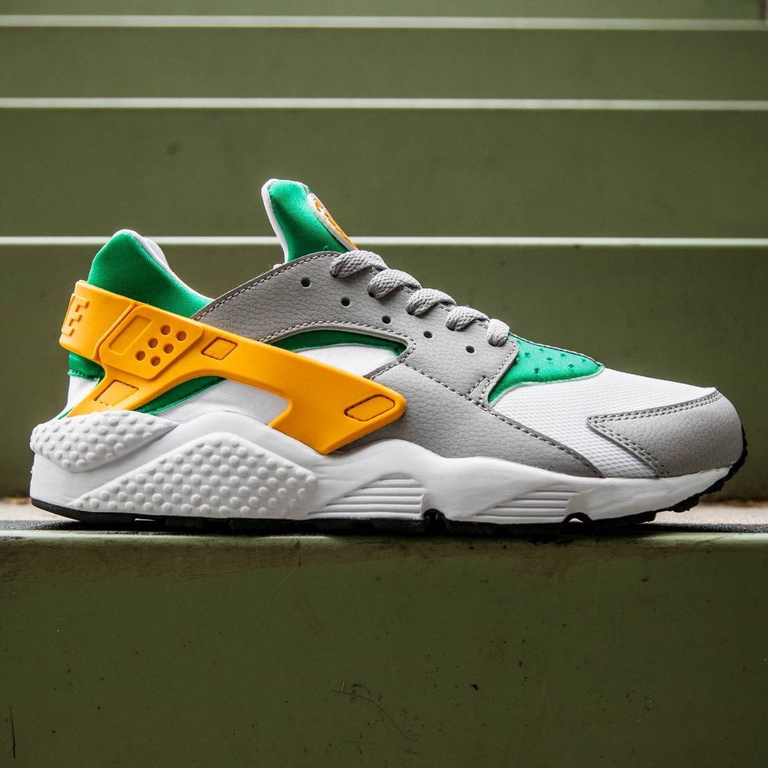 super popular 59332 16058 Nike Men Nike Air Huarache (white / lucid green / university gold / wolf  gray)