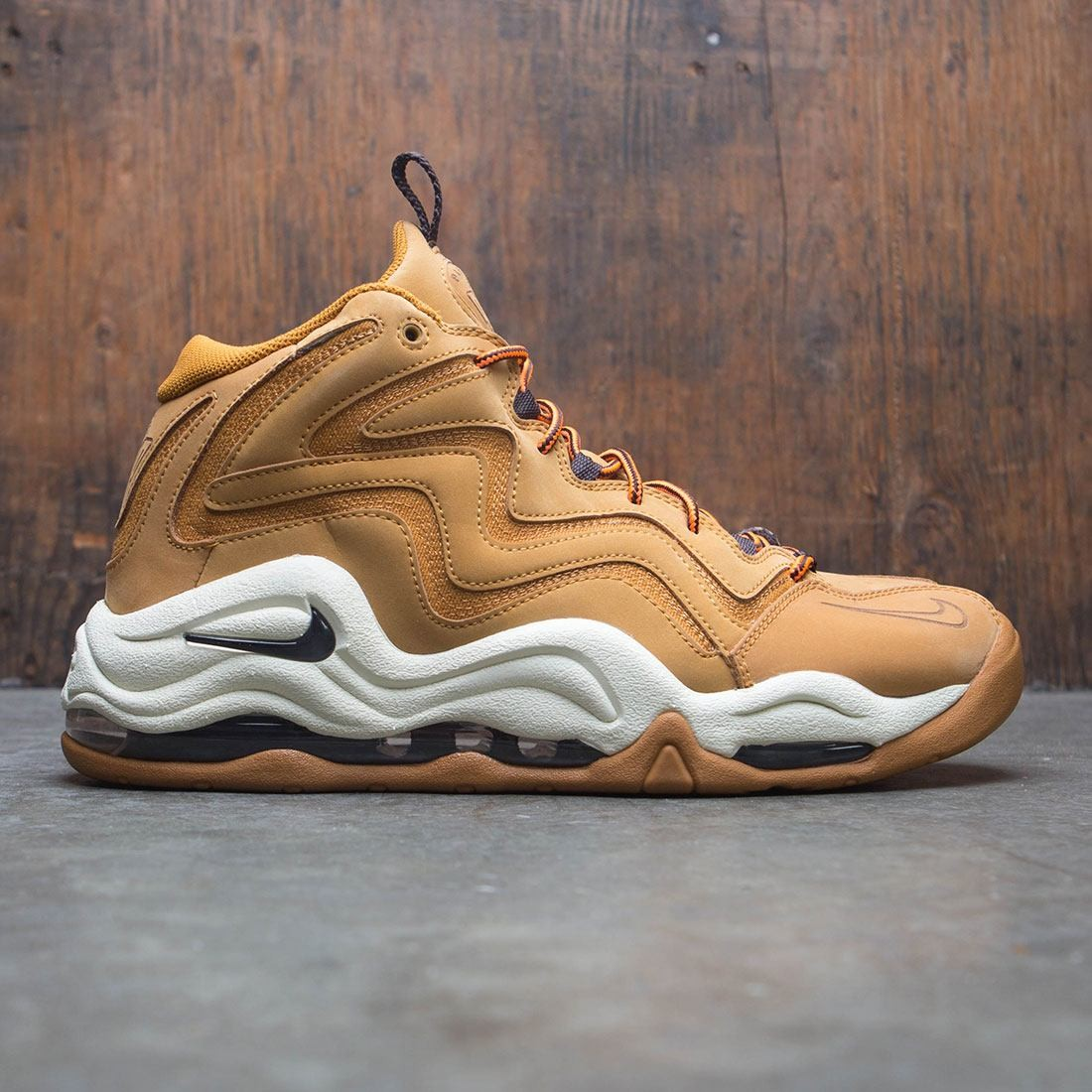 nike men air pippen tan desert ochre velvet brown fossil