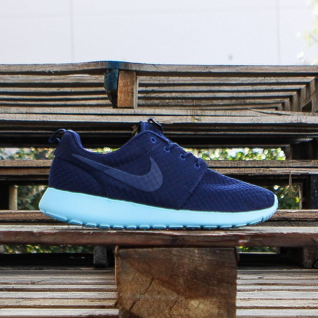 d2081d7ca941 Nike Women Roshe One navy midnight navy tide pool blue