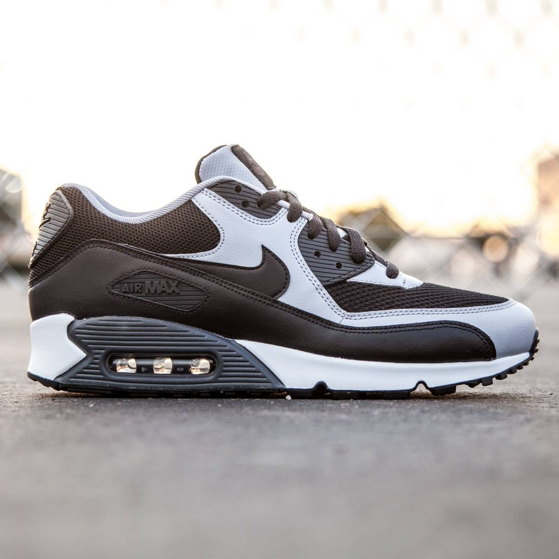 size 40 4d5ef afad5 Nike Men Air Max 90 Essential black wolf grey anthracite