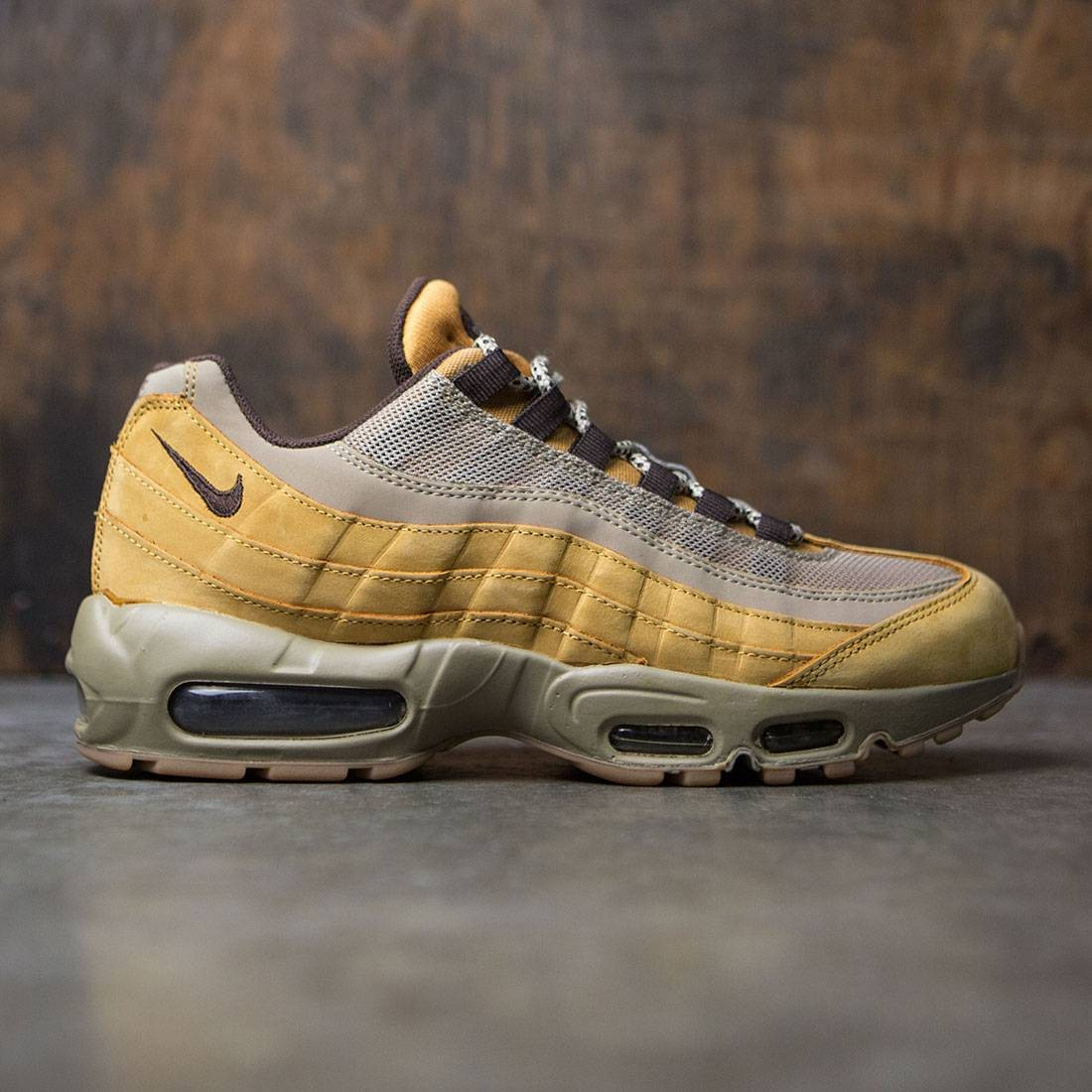 28b114bb27e7 Nike Men Air Max 95 PRM (bronze   baroque brown   bamboo)