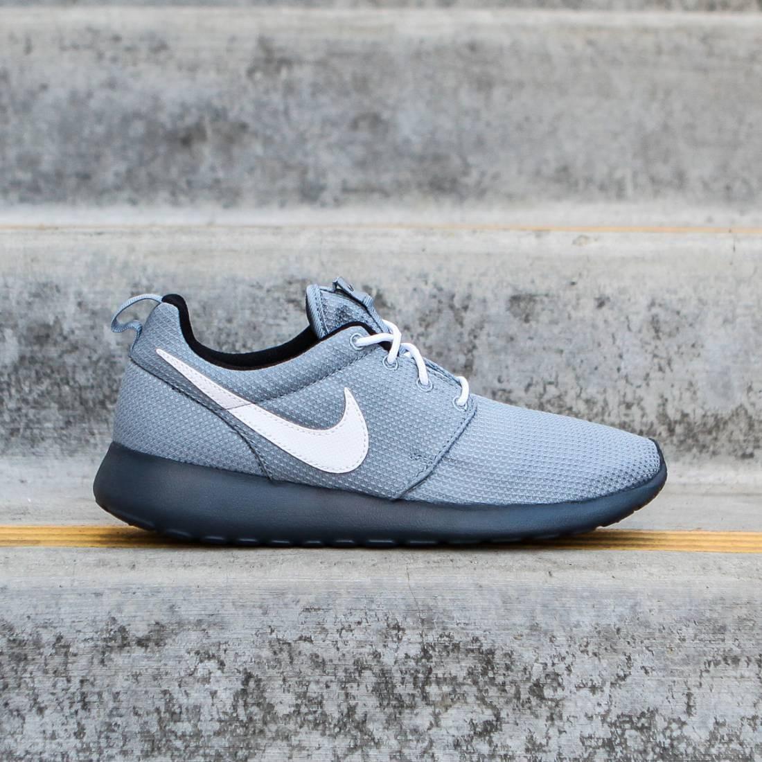 Nike Big Kids Rosherun GS (magnet grey / white)