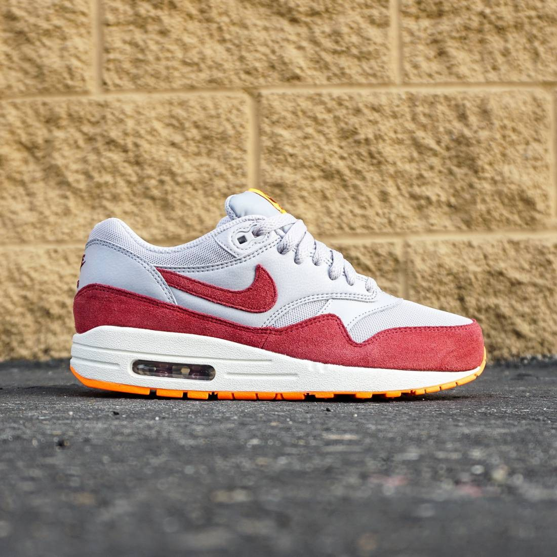 meet f48d7 19a92 Nike Women Air Max 1 Essential (gray   team red   total orange   summit  white)