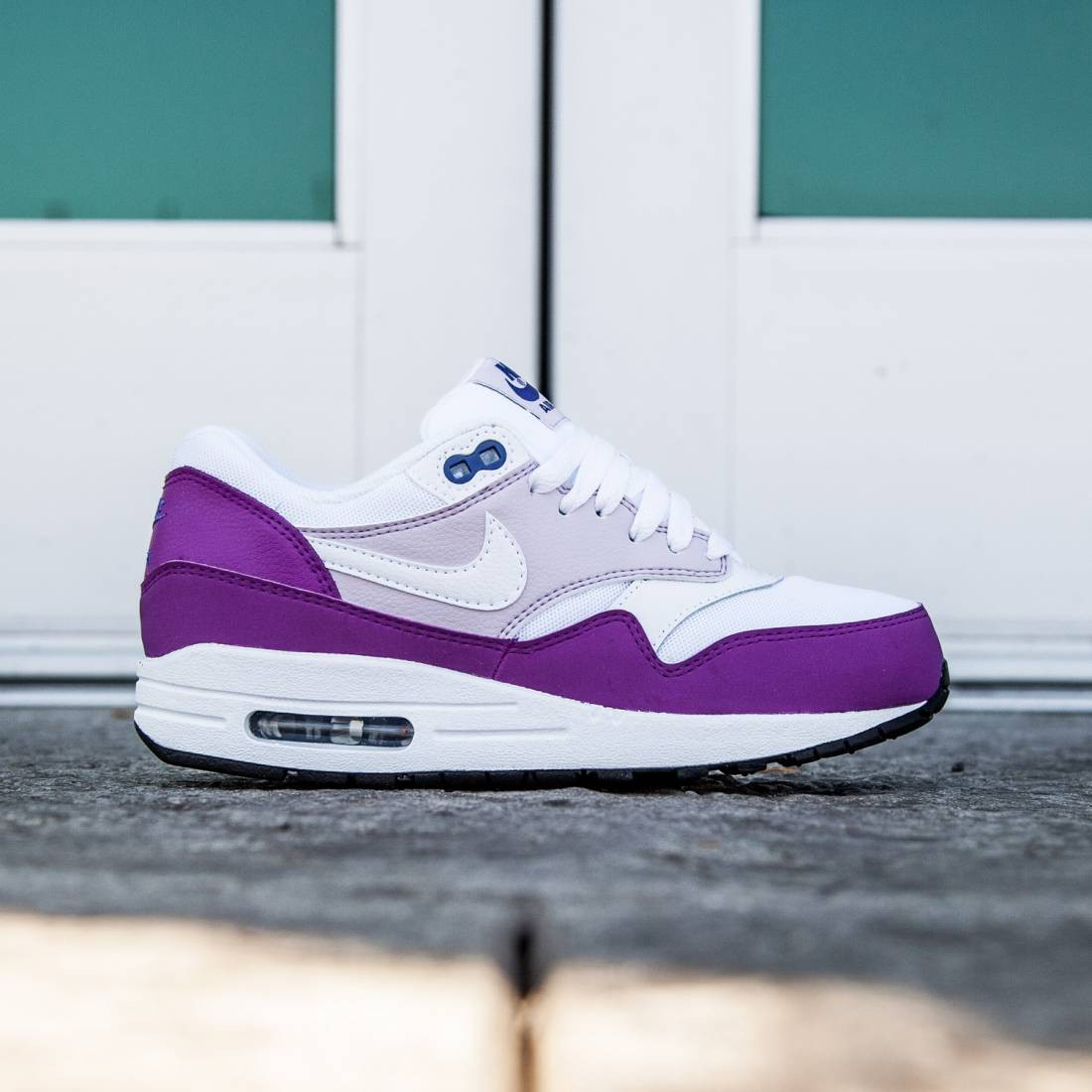 a9f1dfee7 Nike Women Air Max 1 Essential (white   cosmic purple   bleached lilac    white)