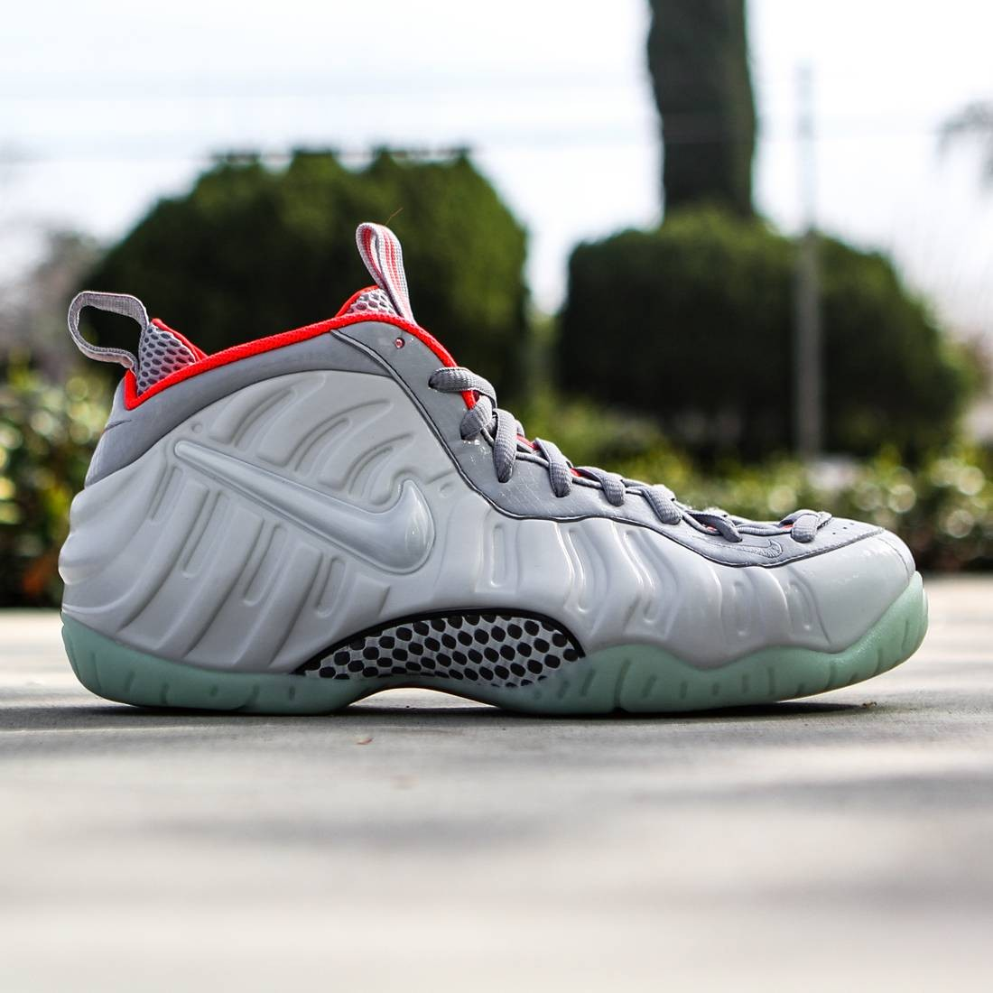 6442a968b47 Nike Men Air Foamposite Pro Prm (gray   pure platinum   wolf gray   bright  crimson)