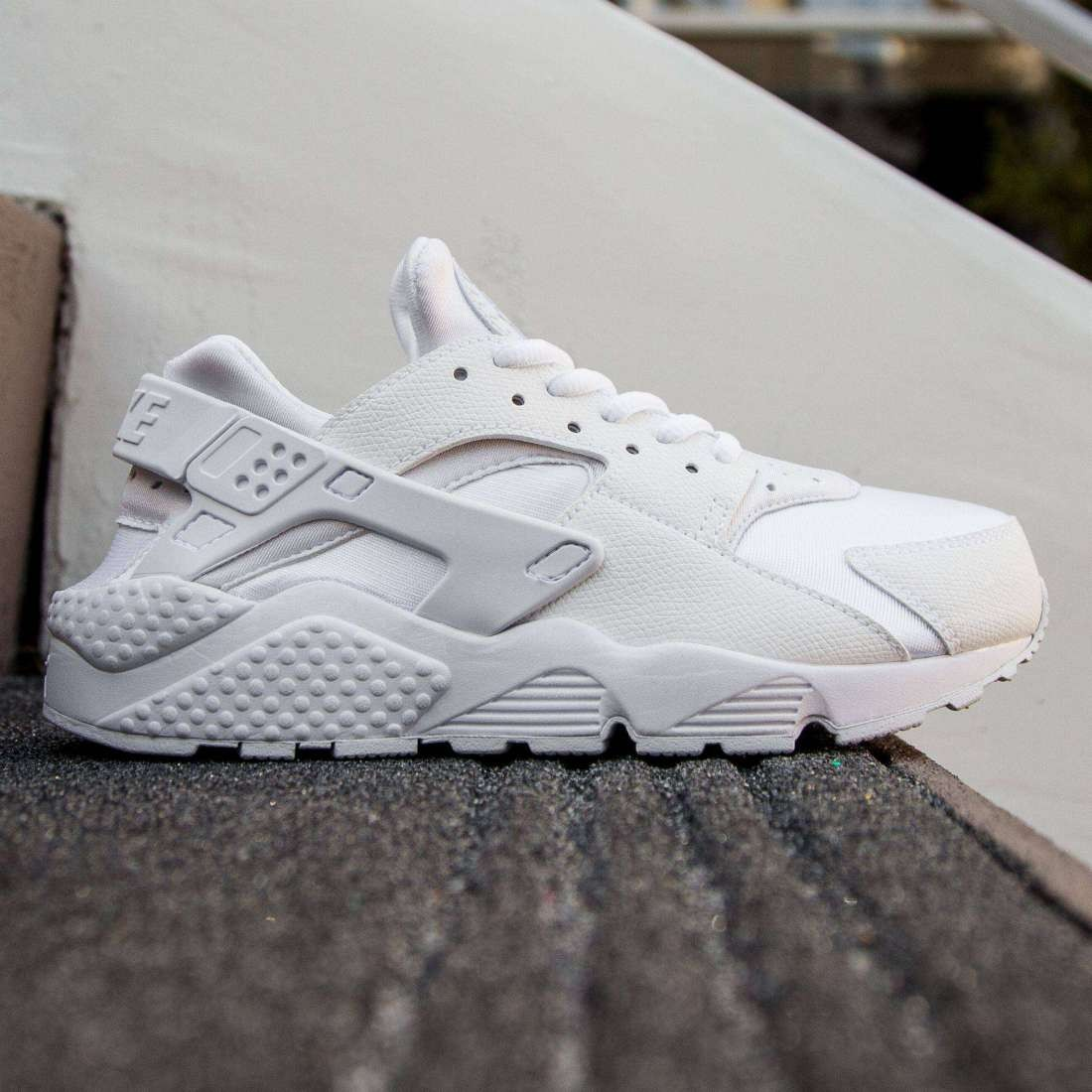size 40 dc601 8e5f5 Nike Women Air Huarache Run white white