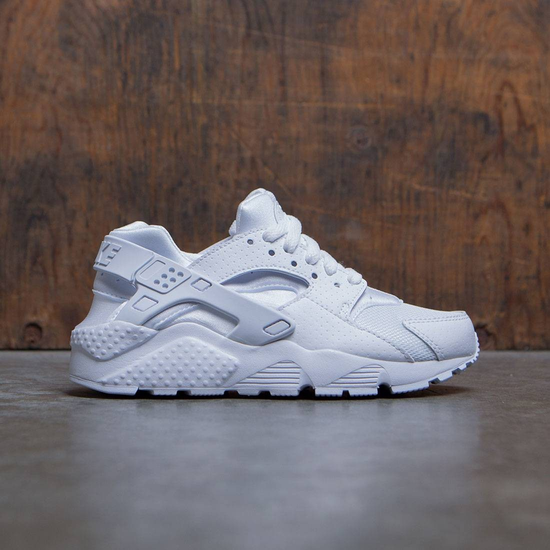 b9e495e133fd nike big kids nike huarache run gs white white pure platinum