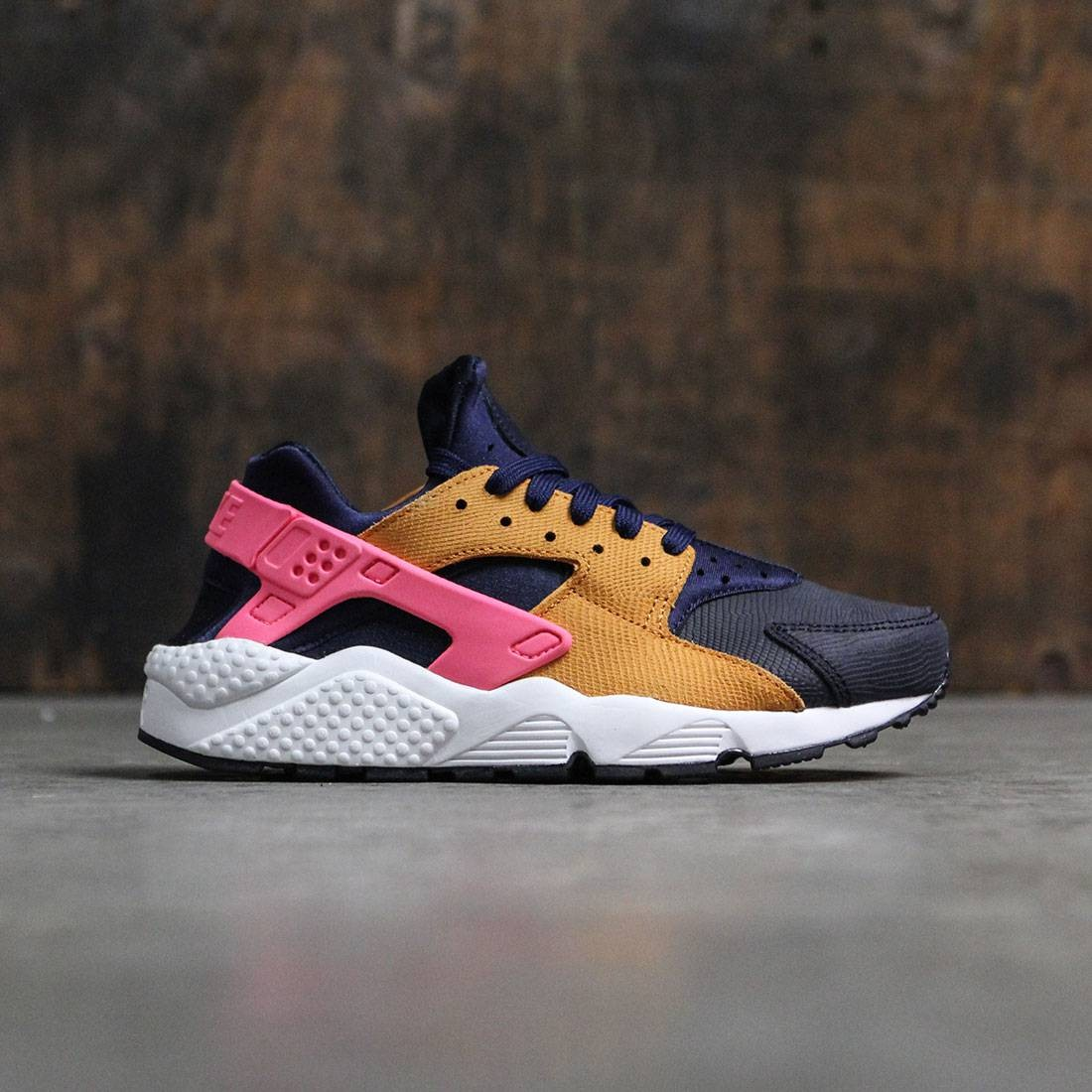 buy popular 27248 daf24 Nike Women Women S Nike Air Huarache Run Premium (obsidian    black-sunset-digital pink)